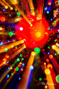 Holiday Lights In Abstract Slow Shutter >> Twisting And Zooming Wild Christmas Light Abstracts Dan Beauvais